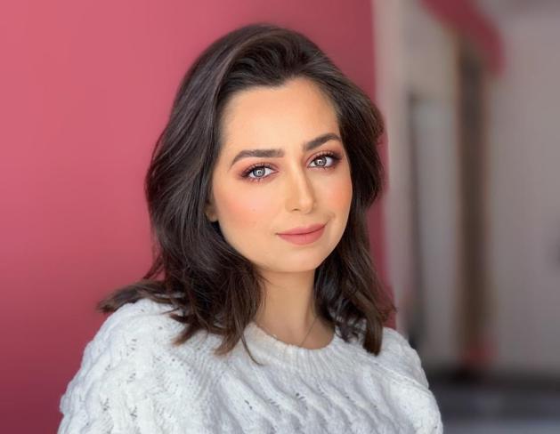 هبة مجدي تطلب من الجمهور الدعاء