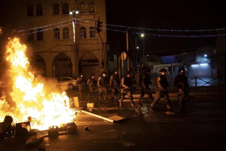 إصابات بين المواطنين وقوات الاحتلال خلال مواجهات بباحات الأقصى