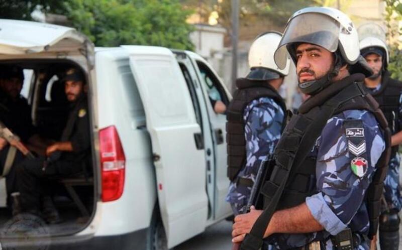 إصابة اثنين من رجال الشرطة اثناء مداهمة منزل به تجار مخدرات بغزة