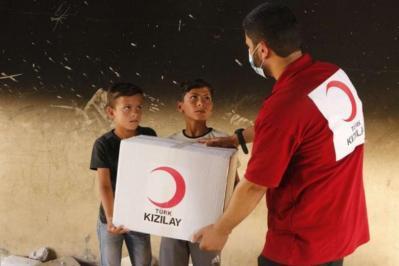 الهلال الأحمر التركي: اتفقنا مع مصر على أدخال 10 شاحنات من المساعدات الإنسانية لغزة