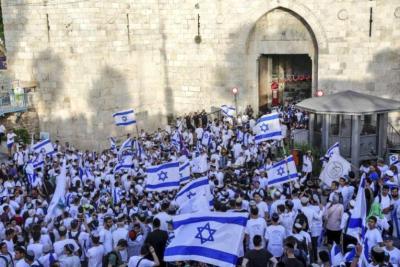 مسيرة الأعلام.. شرارة اندلاع موجة تصعيد أخرى في القدس