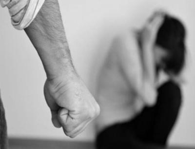غزة.. مقتل فتاة اثر تعرضها للضرب من قبل زوجها