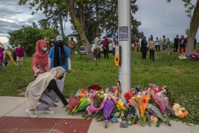 بهجوم متعمد ..مقتل 4 أفراد من عائلة مسلمة دهسا في كندا