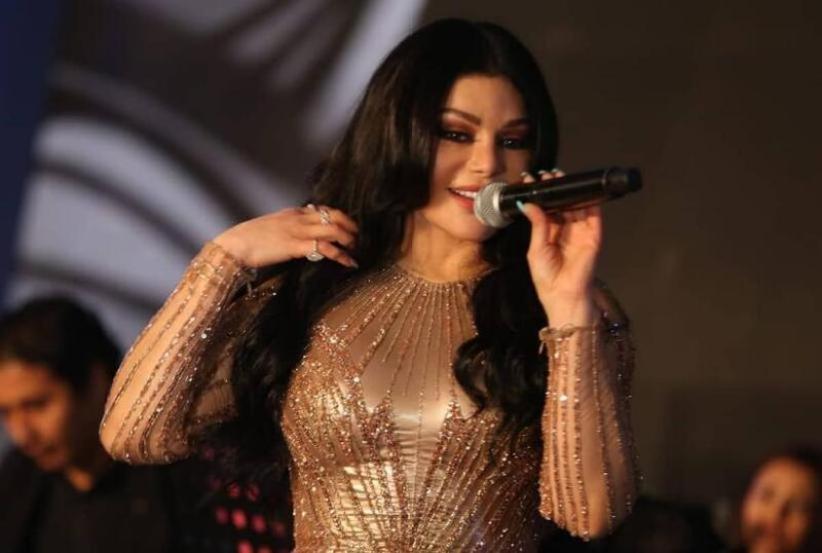 هيفاء وهبي تتألق في حفلها بالقاهرة (صور)