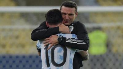 مدرب الأرجنتين يكشف مفاجأة عن ميسي بعد نهائي كوبا أمريكا