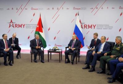 عمان وموسكو.. مناقشات لتعزيز السلام ومحاربة التطرف