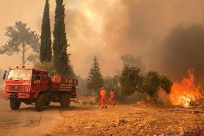 """""""إسرائيل"""" تعرض على """"تركيا"""" المساعدة في إخماد الحرائق المُندلعة"""