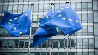 """الاتحاد الأوروبي يتهم أمريكا بـ""""عدم الولاء"""" بعد أزمة الغواصات مع فرنسا"""