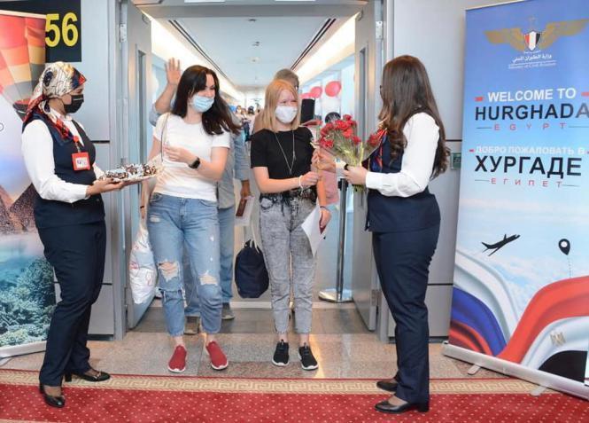 روسيا تبدأ رسميا رفع عدد رحلاتها الجوية إلى المنتجعات المصرية