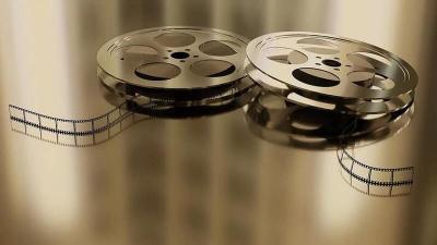 ما الخلل الذي يحدث لجسمك عند مشاهدة فيلم ثلاثي الأبعاد؟