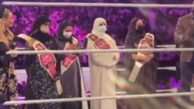 4 سعوديات داخل حلبة المصارعة WWE في موسم الرياض.. ما القصة؟
