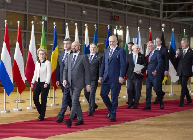 التردد الأوروبي يفسح المجال لنفوذ صيني وروسي أكبر غرب البلقان