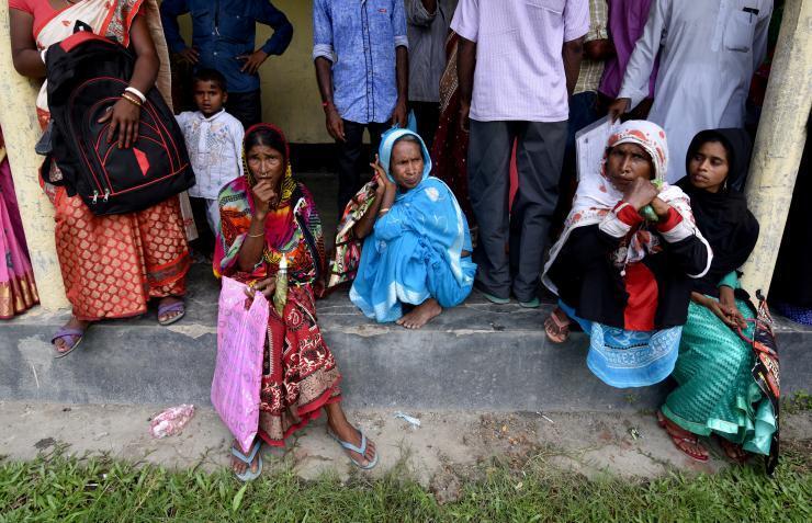 مقتل خمسة جنود هنود بأيدي مسلحين في كشمير