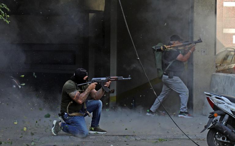 نجيب ميقاتي يعتذر من اللبنانيين عن اشتباكات بيروت اليوم