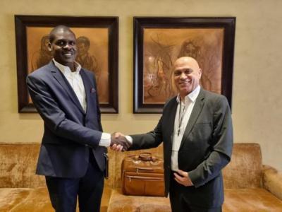 لقاء علني بين وزيرين إسرائيلي وسوداني في أبو ظبي