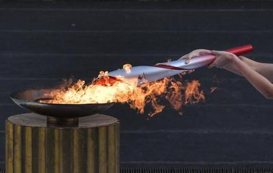 الشعلة الأولمبية للألعاب الشتوية 2022 تصل الصين