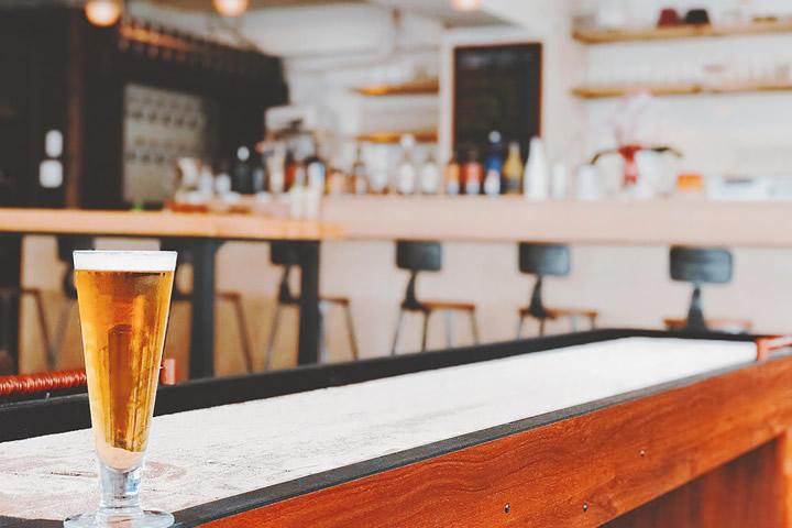 クラフトビールバー