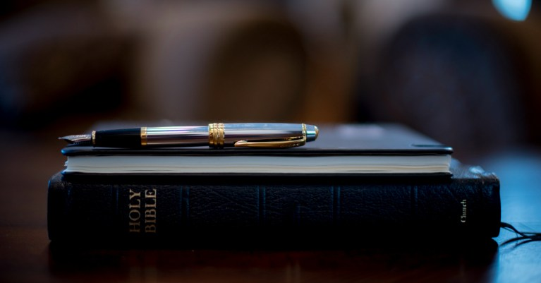 How to Study the Bible Like a Theologian