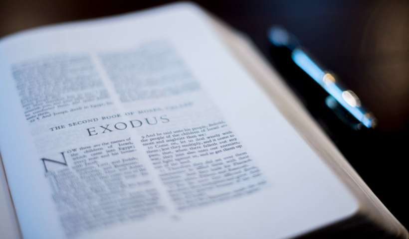 What Do the Ten Commandments Have to Do with Jesus? | alyssajhoward.com