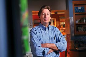 Dale Bredesen. Imagen: alumni2013.caltech.edu