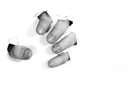 Gestionar la beligerancia y la ira en el Alzheimer. Porqué ocurren las estas reacciones. ¿Cómo manejar el comportamiento agresivo? Respuestas y soluciones.