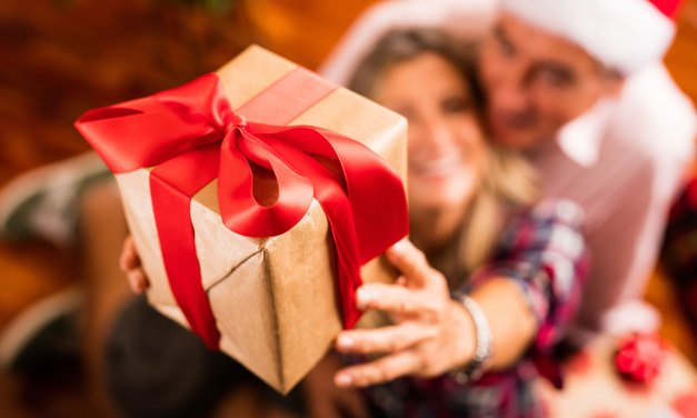 Holiday Hints for Families Living with Alzheimer's