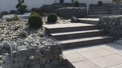 Mur en gabion et escalier, Epinal