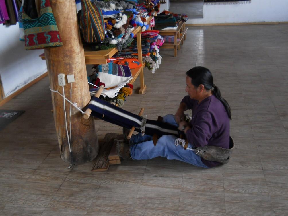 Peguche taller de tejidos de Jos Cotacachi parte 2