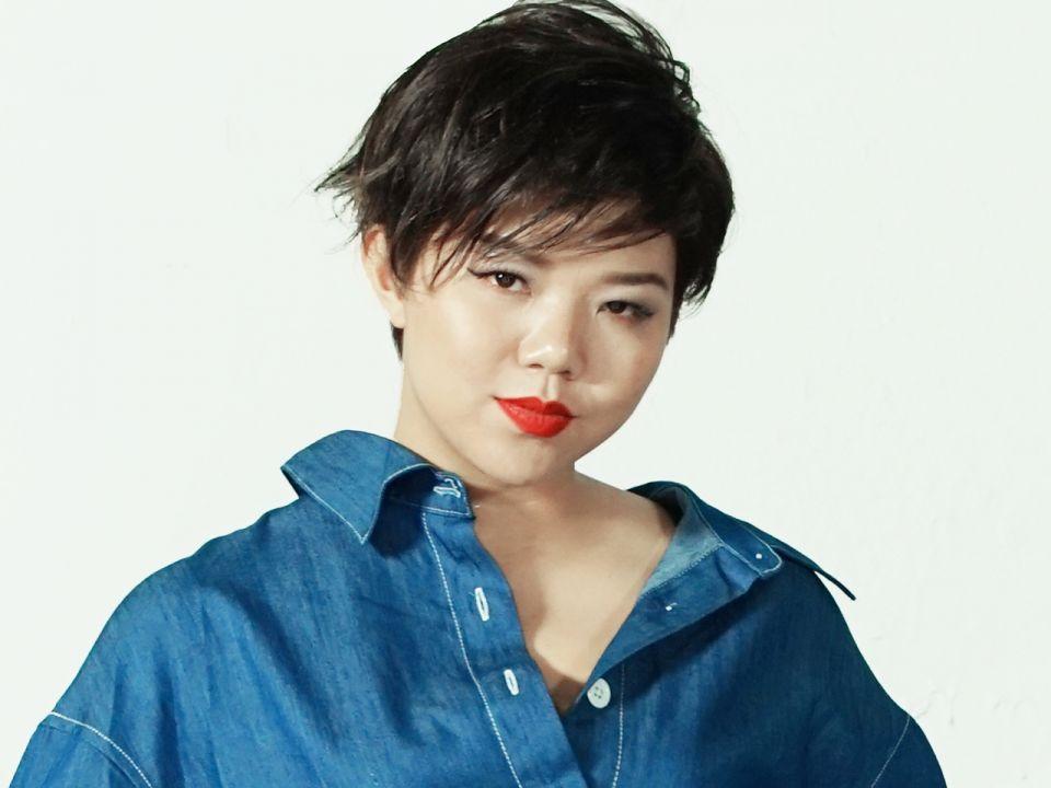 Siu Hau Tang 聽 4 首歌認識鄧小巧 加拿大中文電臺 AM1470 FM96.1