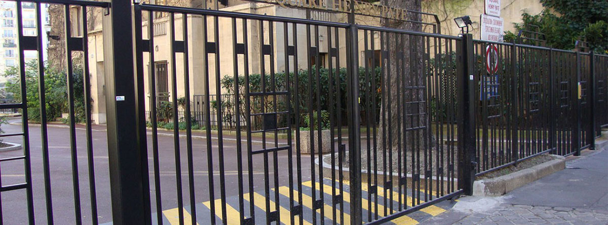 portail-fer-espace-public
