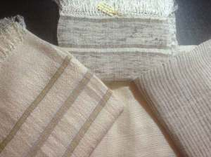 Echarpe en fil de soie
