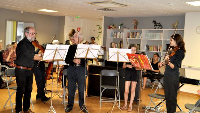 """Fête de la Musique à l'EPADH """"5 sens"""" à Landouge en Limousin"""