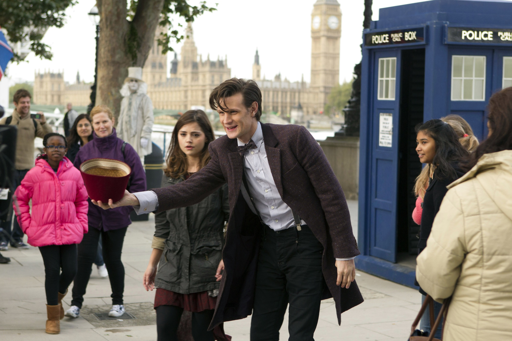 Brand New Series 7b Trailer!
