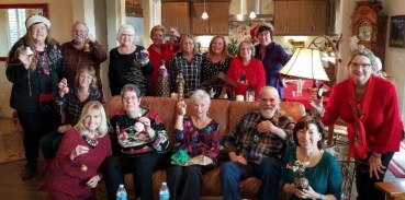 The gourd artists gathering for Christmas.