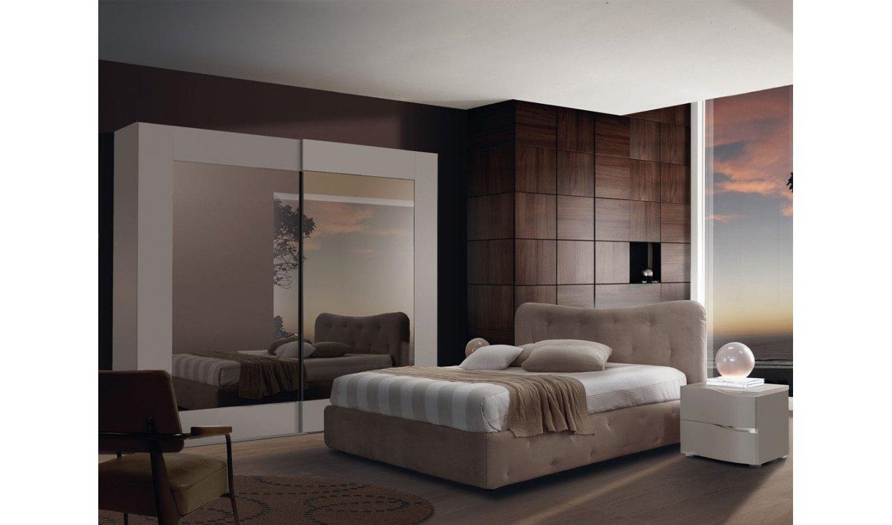 Zurigo si annovera tra le destinazioni più attrattive al mondo per gli expat e quindi non sorprende che vi sia un'elevata domanda di appartamenti in affitto. Camera Da Letto Door