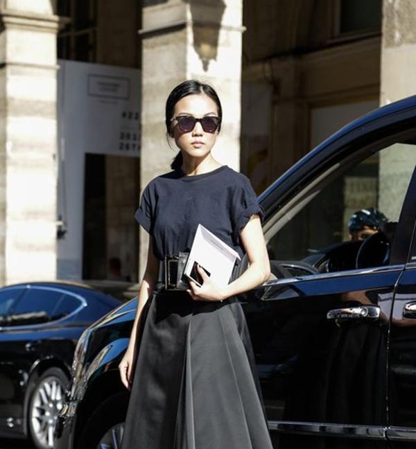 5c9321223 PFW: Grunge de luxo é a moda do momento – A Mais Influente