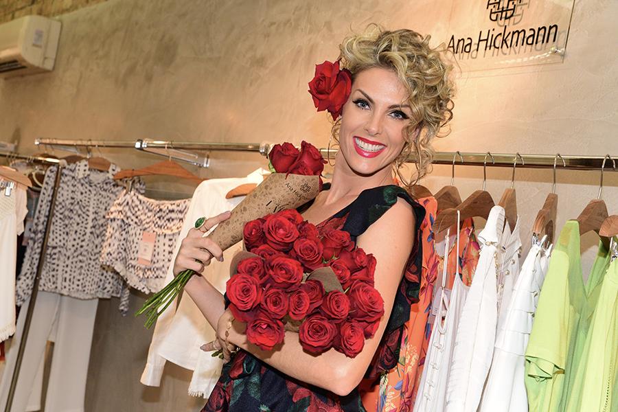 Ana Hickmann inaugura coleção de sua marca em São Paulo – A Mais Influente 64c5419e26