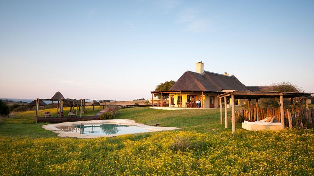 Hlosi Game Lodge Luxury Accommodation