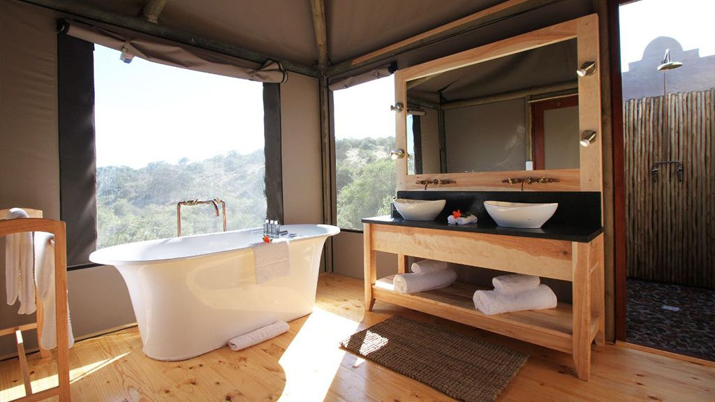 Bukela Game Lodge Bathroom