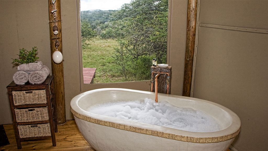 amakhala bush lodge bathroom