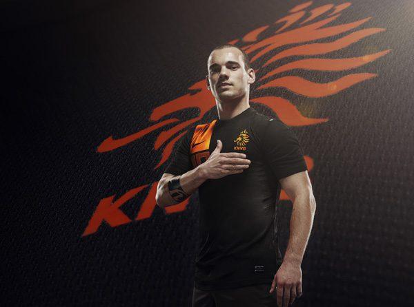 olanda-sneijder-nike-away-kit-euro-2012