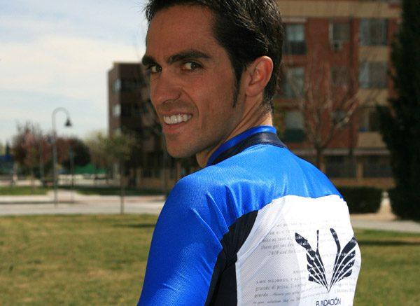 contador-maglia-maillot-trikot-sportful-twitter-facebook-2012