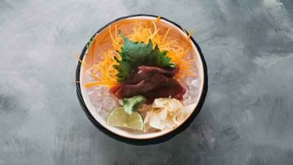 Amami Sushi Gunkanmaki Tuna