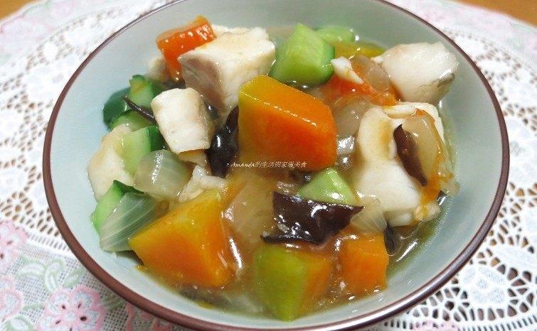 健康養生料理-白果香菇煲雞湯,麻油薑鮮魚湯,五行養生蔬菜