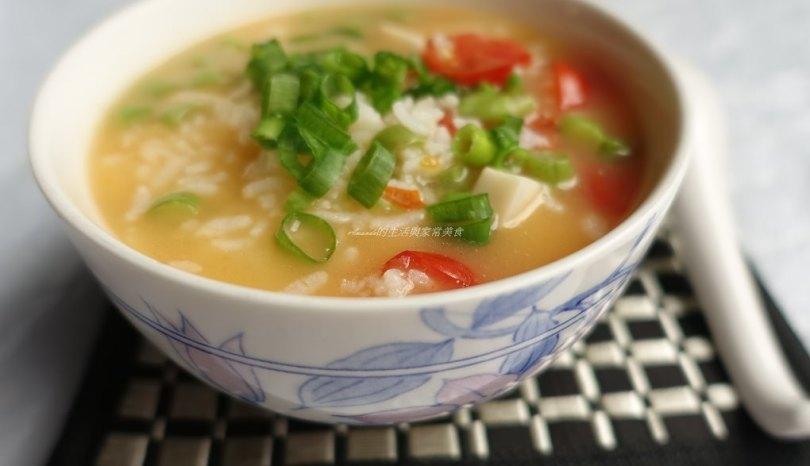 剩飯煮粥也有黏稠口感–健康蔬菜粥