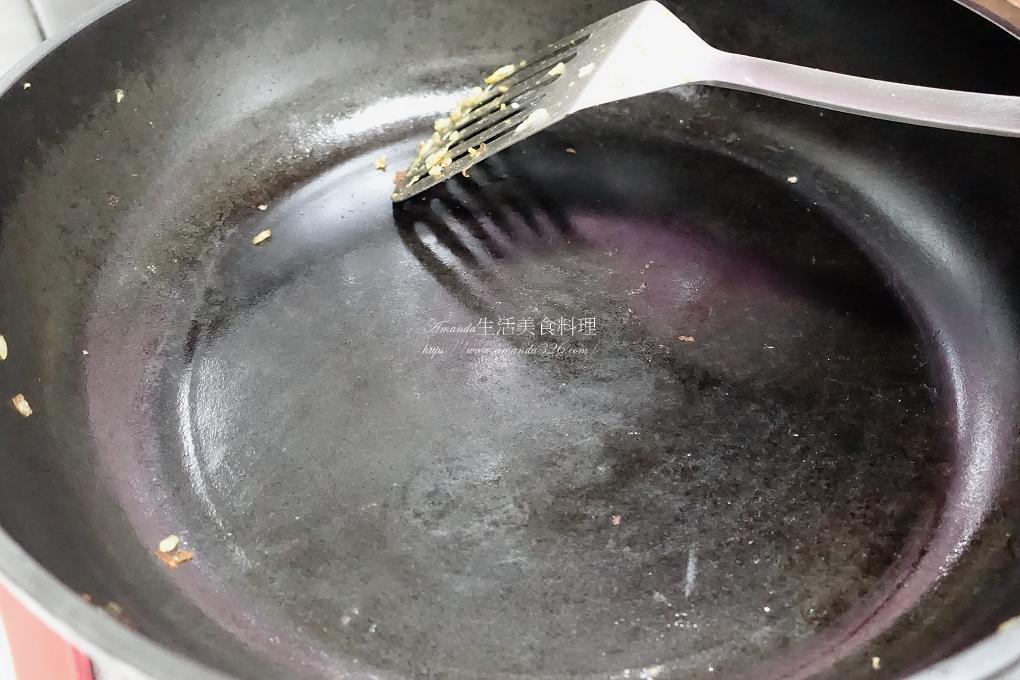 台灣鑄鐵鍋,大古,大古鐵器,大古鑄鐵鍋,海鮮,海鮮快炒,炒飯,無油料理,鑄鐵鍋,鮭魚