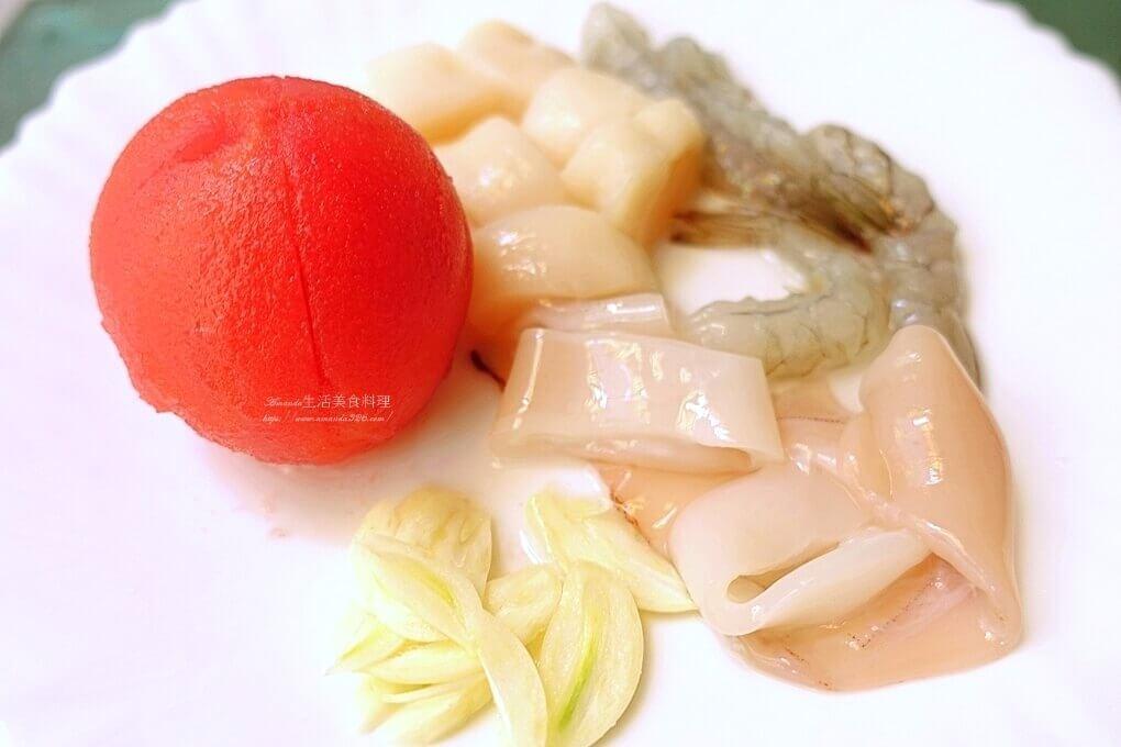 costco,一鍋煮,中卷,好市多,海鮮,海鮮飯,燉飯,番茄飯,透抽,食譜,鮮蝦
