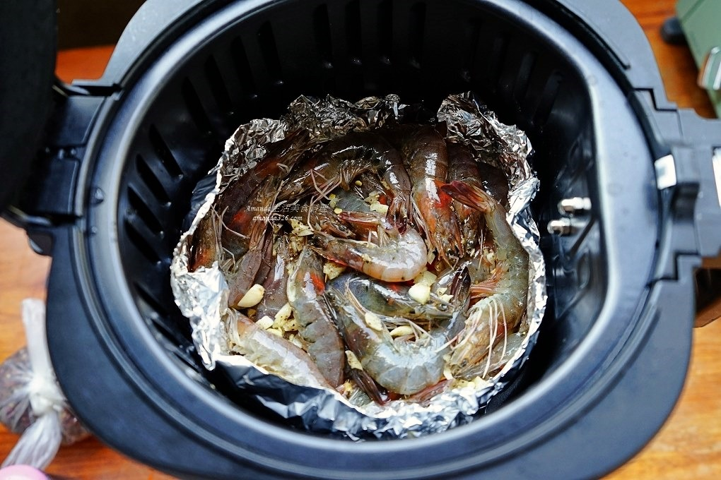 氣炸料理,氣炸鍋料理,氣炸鍋蒜頭蝦,氣炸鍋食譜,氣炸食譜,海鮮,胡椒蝦,蒜味蝦,蝦料理,鮮蝦