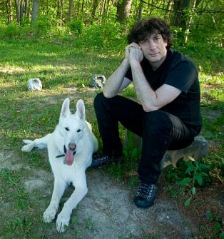 Neil Gaiman by Kyle Cassidy and released under a CC BY-SA 3.0 License