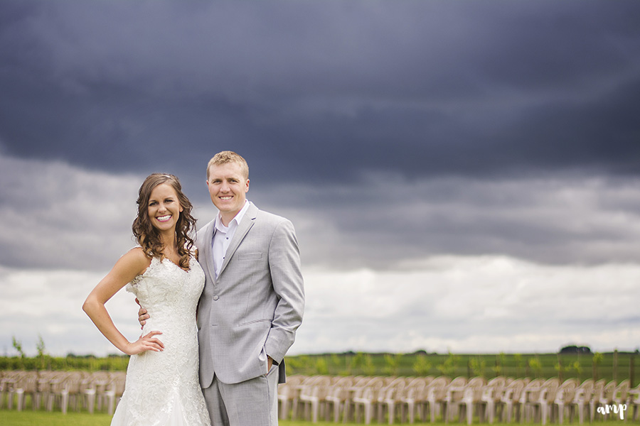 Rainy Day Wedding portraits in a vineyard | | Palisade Winery Wedding Photographer